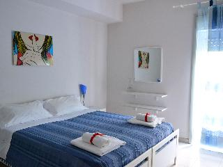 Art Apartment, quiet and cozy, with private garden - Taormina vacation rentals