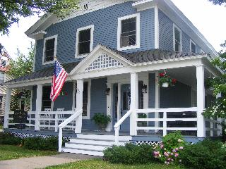 Franklin House - Grand Haven vacation rentals