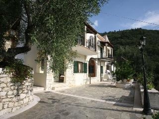 Secluded villa with pool and great views in Corfu - Corfu vacation rentals
