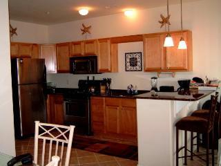 3BR/2B,1 blk to beach; Pool, Elev, Wifi--Lovely! - Image 1 - Wildwood Crest - rentals