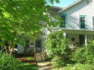 Village Guesthouse in the Heart of Yellow Springs - Yellow Springs vacation rentals