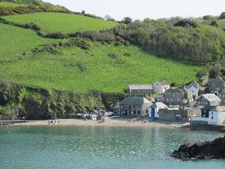 Duloe cottage, Gorran Haven near Eden & Heligan - Gorran Haven vacation rentals
