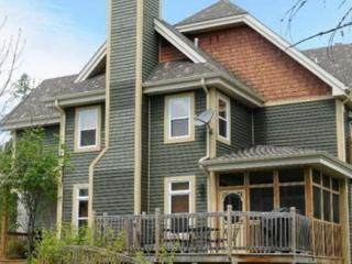 Aiglon - 5-bedroom golf course townhome - Mont Tremblant vacation rentals