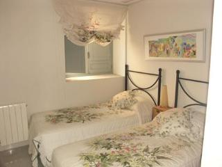 Calle de las Mantas, Historic Valencia, 3 Bedrooms - Valencia vacation rentals