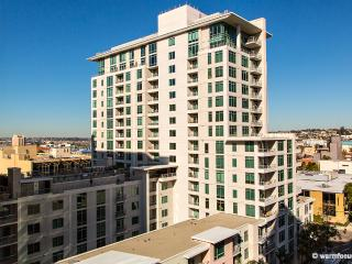 Modern upscale Little Italy condo- views+ location - San Diego County vacation rentals