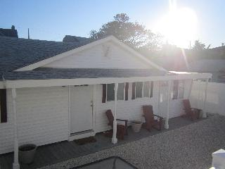 Lavallette Beach Block! Sleeps 7, Granite Kitchen - Lavallette vacation rentals