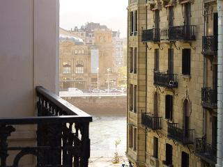 Zurriola! Big apartment close to the beach - San Sebastian - Donostia vacation rentals