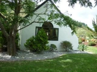 Dragonfly Cottage - Large two bedroom house - Whitianga vacation rentals