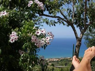 SICILY COUNTRY COTTAGE OVERLOOKING CEFALU' S BAY . - Cefalu vacation rentals