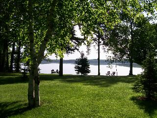 2 BR lakeside cottage in Wisconsin's Northwoods - Presque Isle vacation rentals