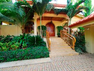Casa Ventana - Playa Potrero vacation rentals