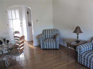 2 BR Apartment, The heart of Historic Gettysburg - Gettysburg vacation rentals