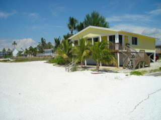 Beach Bungalow *** GULF FRONT *** - Fort Myers Beach vacation rentals