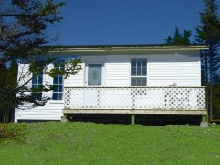 Blueberry Cottage - Whiteway vacation rentals