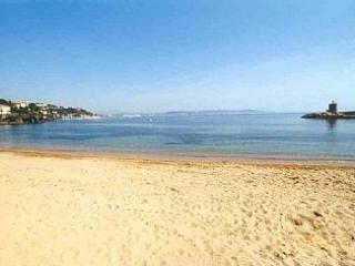 Riviera Beach Front Property Romantic & Beautiful - Théoule sur Mer vacation rentals