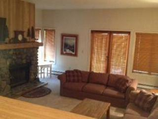 3-Bdr Condo Near Lake--New Kitch 46 - Incline Village vacation rentals