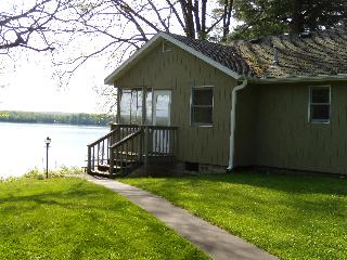 The Best of the Northwoods at Fred Thomas Resort - Birchwood vacation rentals