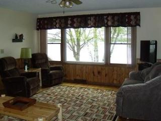 3 Bedroom 2.5 Bath Lake Home (12A) - Birchwood vacation rentals