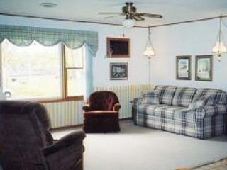 3 Bedroom 1 1/2 Bath Non-Lakeside (14) - Image 1 - Birchwood - rentals