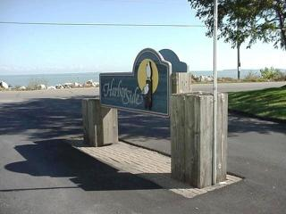 Lake Erie Condo, Boat slip, Pool, Hot Tub, Islands - Port Clinton vacation rentals