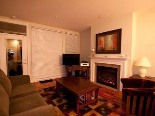 THE VESUVIUS VILLAS Suite 3 - Salt Spring Island vacation rentals