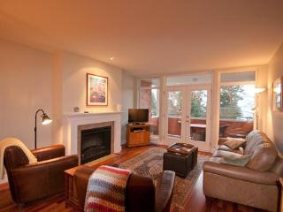 THE VESUVIUS VILLAS Suite 5 - Salt Spring Island vacation rentals
