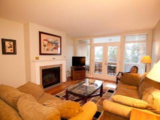 THE VESUVIUS VILLAS Suite 6 - Salt Spring Island vacation rentals
