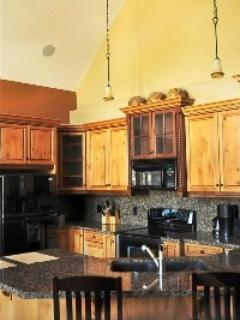 Luxurious 2 Bedroom Pet Friendly Condo - Image 1 - Canmore - rentals