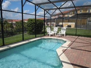 4 Bedroom 3 Bathroom Pool Home 1.9 Miles to Disney - Kissimmee vacation rentals
