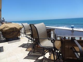 Oceanfront Penthouse With Private Sandy Beach! - Oceanside vacation rentals