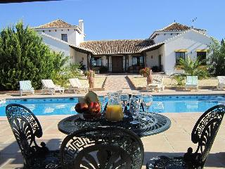 Country House in El Valle de Abdalajis, El Chorro - Valle de Abdalajis vacation rentals