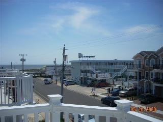 North Wildwood-Beach Block-With a Pool - North Wildwood vacation rentals