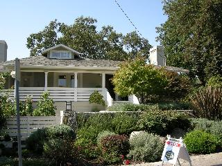 Gorgeous home, walk to wineries, dining & shopping - Saint Helena vacation rentals