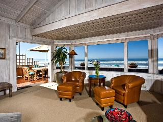 Del Mar CA  3 bdrm furn cottage ON sandy beach - Del Mar vacation rentals