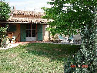 Studio cottage for 2 in Provence - Salernes vacation rentals