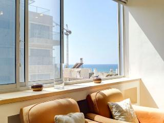 Beach Side Duplex With Big Terrace And Parking In Tel Aviv - Ezra Hasofer (KF) - Jerusalem vacation rentals