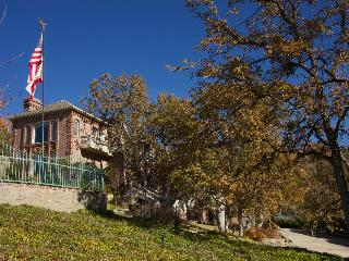 Chateau in the Mountains at Bear Valley Springs - Tehachapi vacation rentals