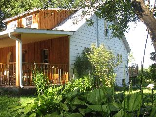 Adventure's Rest Ohiopyle: 3 Bedrooms, sleeps 8 - Ohiopyle vacation rentals