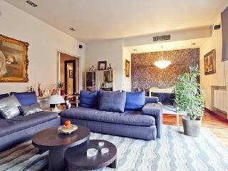 Modern Duplex With Spectacular Views & Jacuzzi - Catalonia vacation rentals
