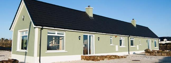 Rural Irish Cottage near stunning Giant's Causeway - Ballycastle vacation rentals