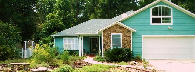 Front of home - Santa Fe Riverfront Home Close To Town And Springs - High Springs - rentals