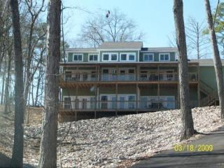 Spacious waterfront home on Pickwick Lake - Pickwick vacation rentals