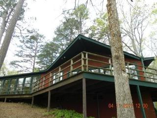 High Point Cottage - Pickwick vacation rentals