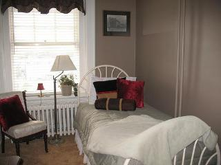 Columbian Inn Bed & Breakfast and Retreat - Columbia vacation rentals