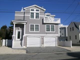 21 E 50th St 108142 - Beach Haven vacation rentals