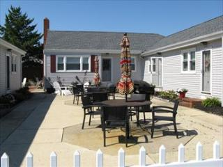 124 E 17th St 108109 - Beach Haven vacation rentals