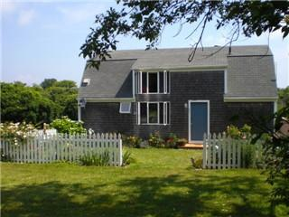 House with garden and lawn - Block Island Vacation Home Walk to Beach! - Block Island - rentals