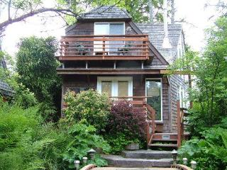 Falcon House - Cannon Beach vacation rentals