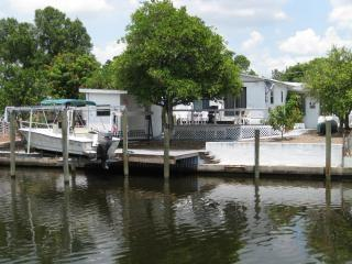 Waterfront, Rocky Creek Shoals Unit 1 - Tampa vacation rentals