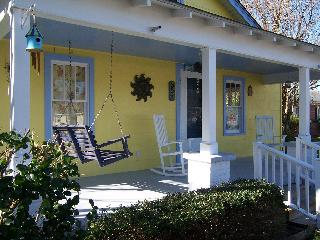 Bamboo Cottage - New Bern vacation rentals
